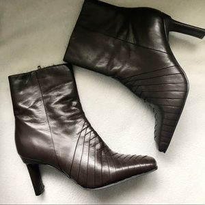 Ann Marino Brown Heel Leather Boots 7